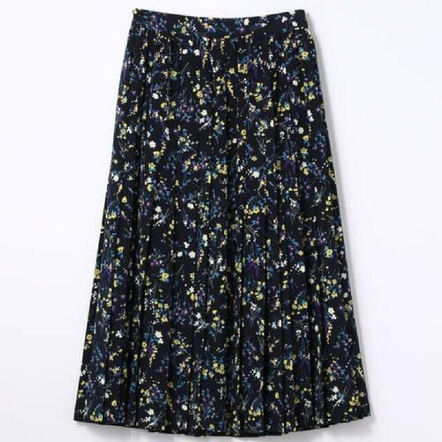 TOMORROWLAND(トゥモローランド)のマカフィー MACPHEE フラワープリントプリーツスカート レディースのスカート(ロングスカート)の商品写真