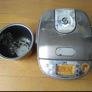 ゾウジルシ(象印)の★ NP-GE05 炊飯器 ZOJIRUSHI 2012年製 ★(炊飯器)