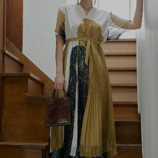 Ameri VINTAGE - AmeriVINTAGE 新作完売品 FUDE ART プリーツドレス