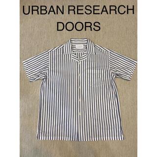 ドアーズ(DOORS / URBAN RESEARCH)のURBAN RESEARCH DOORS 半袖開襟シャツ ストライプ Mサイズ(シャツ)