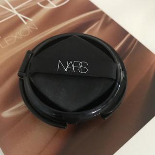 NARS - NARSピュアラディアントプロテクションアクアティックグローファンデーション