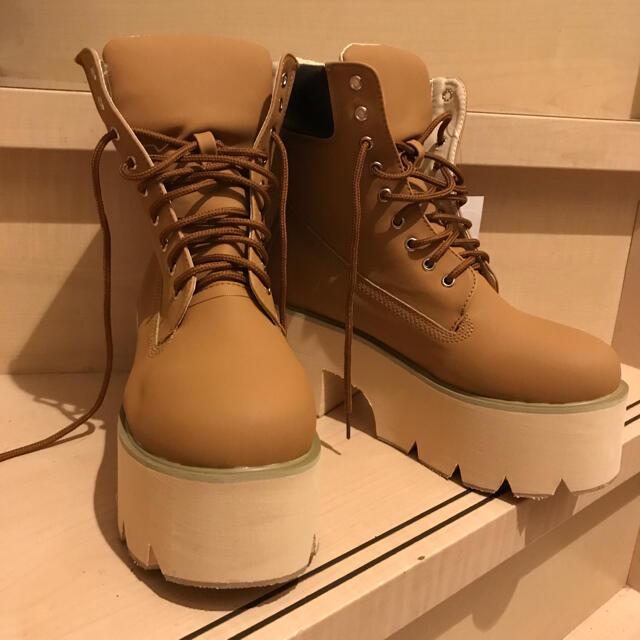 baby shoop(ベイビーシュープ)の正規 babyshoop 厚底 ブーツ class インポート GYDA レディースの靴/シューズ(ブーツ)の商品写真