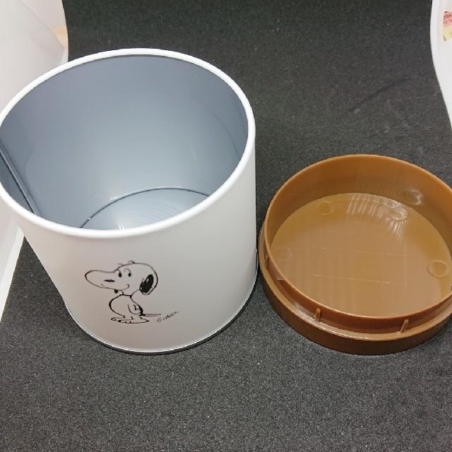 SNOOPY(スヌーピー)のスヌーピーの缶✕2セット インテリア/住まい/日用品のインテリア小物(小物入れ)の商品写真