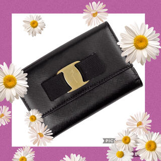 Salvatore Ferragamo - サルバトーレフエラガモ財布💐 ヴァラリボン二つ折り財布🌸