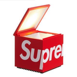Supreme Cini & Nils Cuboluce Table Lamp(テーブルスタンド)