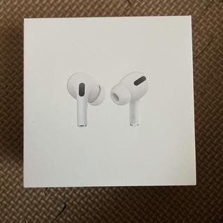 アップル(Apple)のAirPods pro エアーポッズプロ (ヘッドフォン/イヤフォン)