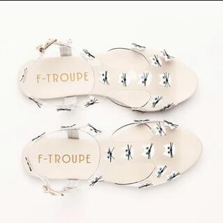 エフトゥループ(F-TROUPE)の【美品】F-TROUPE エフトゥループ ネコたくさんサンダル(サンダル)