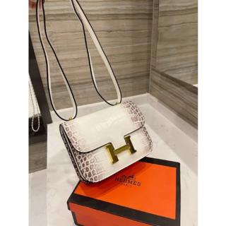 エルメス(Hermes)の夏の新しいクロコダイルレザーハンドバッグ(メッセンジャーバッグ)