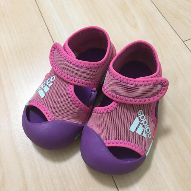 adidas(アディダス)のadidas サンダル 12cm キッズ/ベビー/マタニティのベビー靴/シューズ(~14cm)(サンダル)の商品写真