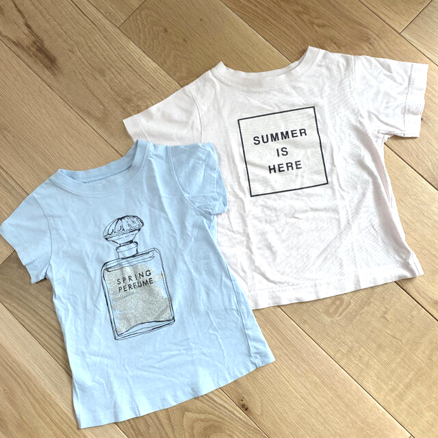 GU(ジーユー)のGU Tシャツ 2枚セット 110 キッズ/ベビー/マタニティのキッズ服女の子用(90cm~)(Tシャツ/カットソー)の商品写真