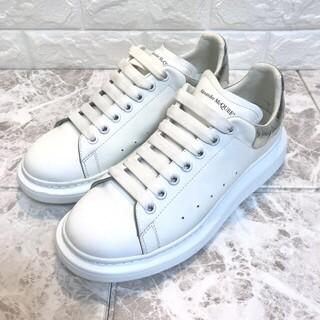 アレキサンダーマックイーン(Alexander McQueen)の美品 アレキサンダー・マックイーン スニーカー ホワイト 白 27cm 43(スニーカー)