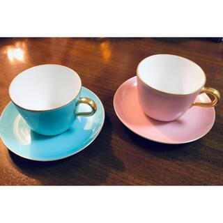 オオクラトウエン(大倉陶園)の大倉陶園 色蒔 ライトブルー ピンク モーニングカップ&ソーサー 2客(食器)