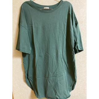 ジーユー(GU)のTシャツ ロング丈 グリーン(Tシャツ(半袖/袖なし))