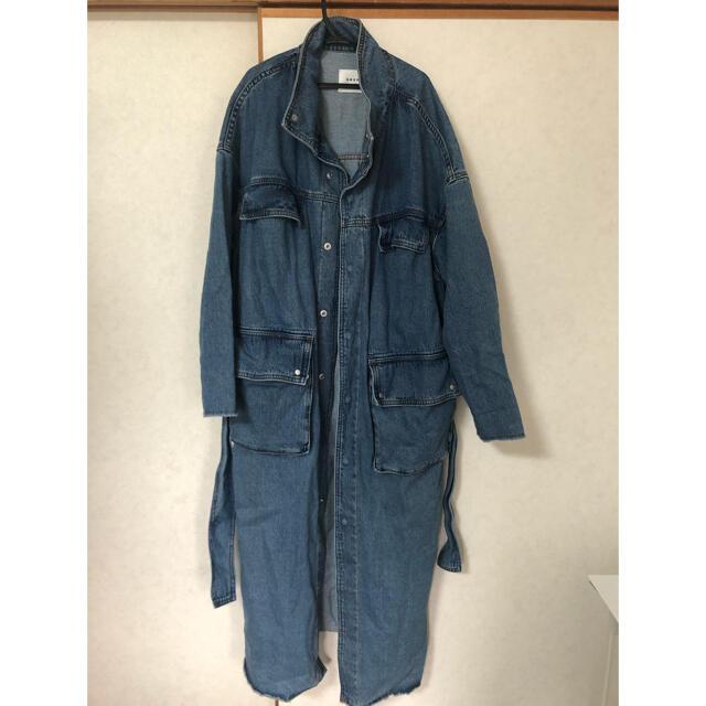 Ameri VINTAGE(アメリヴィンテージ)のAmeri VINTAGE (アメリビンテージ) デニムワークロングコート レディースのジャケット/アウター(ロングコート)の商品写真