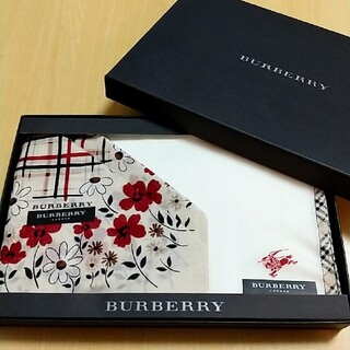 BURBERRY - BURBERRY ハンカチセット