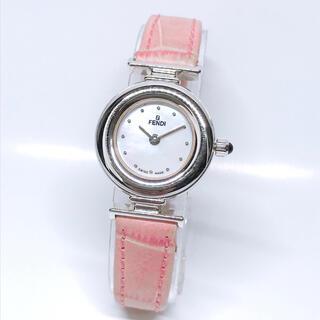 FENDI - フェンディ レディース 腕時計 320L シェル文字版 ピンク クォーツ