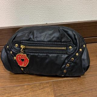 ANNA SUI - 【美品】アナスイ りんごファスナー付き スタッズ ポーチ