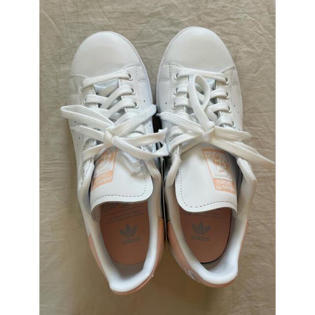 adidas(アディダス)の専用です レディースの靴/シューズ(スニーカー)の商品写真