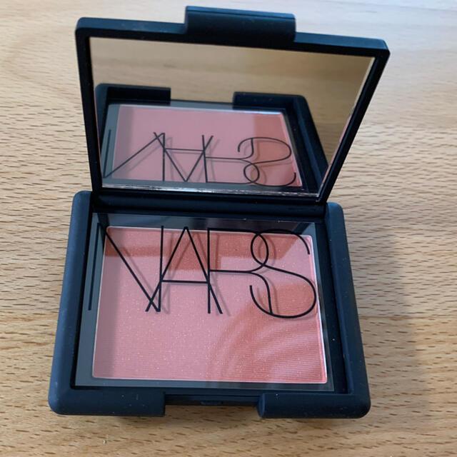 NARS(ナーズ)の新品未使用 人気色 4017 チーク  NARS ブラッシュ ナーズ コスメ/美容のベースメイク/化粧品(チーク)の商品写真