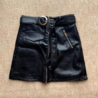 スピンズ(SPINNS)のレザースカート(ミニスカート)