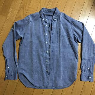アーバンリサーチ(URBAN RESEARCH)のシャツ メンズ Mサイズ 美品 綿麻ボタンダウンロングスリーブシャツ(シャツ)