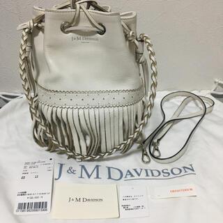 ジェイアンドエムデヴィッドソン(J&M DAVIDSON)のドレステリア別注 J&M Davidson カーニバル M 白(ハンドバッグ)