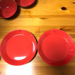 イッタラ(iittala)のイッタラ 21cmプレート  テラコッタ 2枚セット ティーマ 新品(食器)