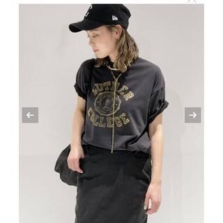 アパルトモンドゥーズィエムクラス(L'Appartement DEUXIEME CLASSE)の【R JUBILEE】 別注 LUTHER COLLEGE Tシャツ(Tシャツ(半袖/袖なし))