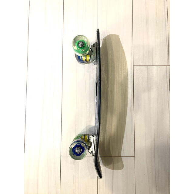 NIKE(ナイキ)のLED搭載 スケートボード  スポーツ/アウトドアのスポーツ/アウトドア その他(スケートボード)の商品写真
