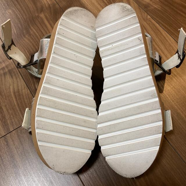 JEANASIS(ジーナシス)のサンダル JEANASIS シルバー レディースの靴/シューズ(サンダル)の商品写真