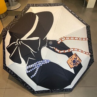 CHANEL - ChANEL ノベルティ 自動折り畳み傘★