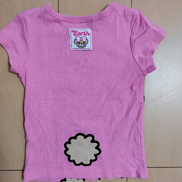 EARTHMAGIC(アースマジック)の美品 アースマジック マフィちゃんロンT 110 キッズ/ベビー/マタニティのキッズ服女の子用(90cm~)(Tシャツ/カットソー)の商品写真
