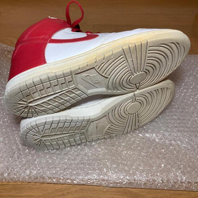 NIKE(ナイキ)のNIKE DUNK HI white×red 27.5cm メンズの靴/シューズ(スニーカー)の商品写真