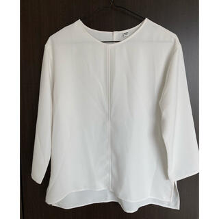 UNIQLO  とろみシャツ