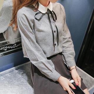 Lily Brown - 丸襟リボンタイシャツ(ブラック)