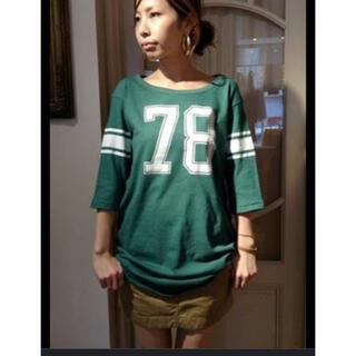 L'Appartement DEUXIEME CLASSE - L'Appartement 78番 フットボールTシャツ