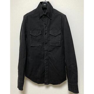 エイケイエム(AKM)のAKMモダンミリタリーストレッチコットンB.Dフラップポケットシャツ黒L(シャツ)