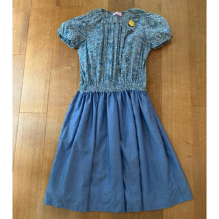 familiar - 美品❁︎ファミリア ブルーの小花ワンピース150サイズ
