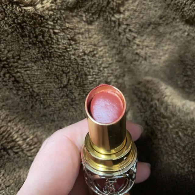 Yves Saint Laurent Beaute(イヴサンローランボーテ)のYSL イヴ・サンローラン ヴォリュプテ シャインコレクター 76 コスメ/美容のベースメイク/化粧品(口紅)の商品写真
