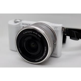 ソニー(SONY)の【中古品】SONYミラーレス一眼カメラ α5100 ダブルズームキット(ミラーレス一眼)