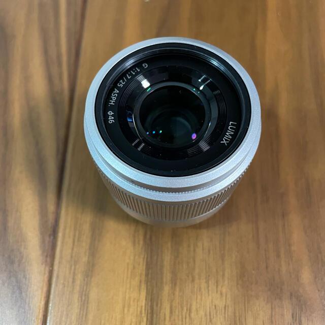 Panasonic(パナソニック)のPanasonic LUMIX G 25mm F1.7 ASPH. スマホ/家電/カメラのカメラ(レンズ(単焦点))の商品写真