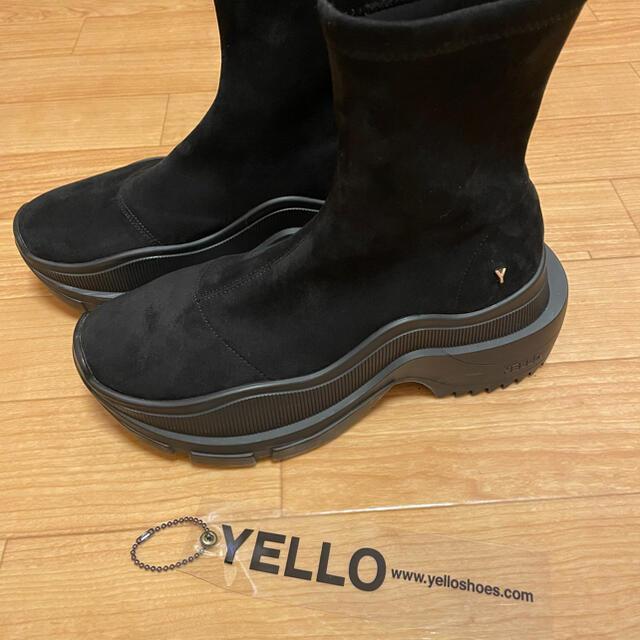 YELLO イエロ スニーカーショートブーツ BLACK S レディースの靴/シューズ(ブーツ)の商品写真