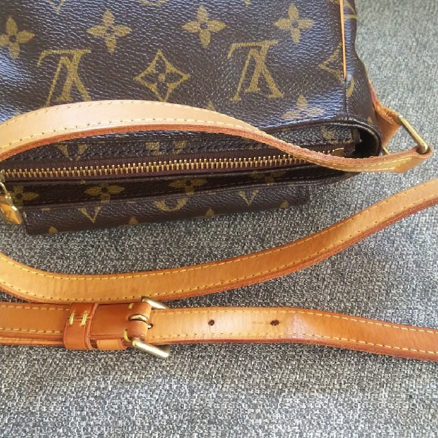 LOUIS VUITTON(ルイヴィトン)のルイヴィトン ヴィバシテ PM モノグラム 斜めがけショルダーバッグ レディースのバッグ(ショルダーバッグ)の商品写真