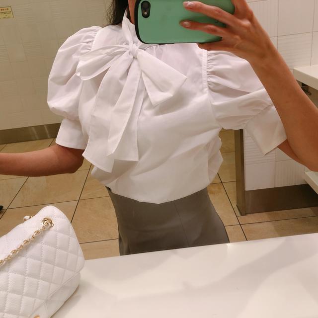 snidel(スナイデル)のリボンシャツブラウス スナイデル レディースのトップス(シャツ/ブラウス(半袖/袖なし))の商品写真