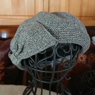 カシラ(CA4LA)のCA4LA ベレー帽 麦わら リボン グレー カシラ 夏(ハンチング/ベレー帽)