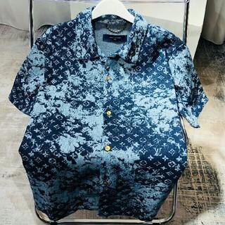 ルイヴィトン(LOUIS VUITTON)の☆新品限定デニムシャツ半袖(シャツ)