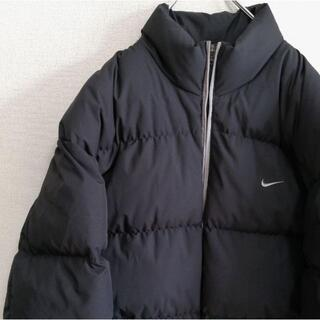 ナイキ(NIKE)のナイキNIKE ダウンジャケット XL 刺繍ロゴ ライン ブラック黒 古着.(ダウンジャケット)