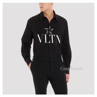 ヴァレンティノ(VALENTINO)のVALENTINO ヴァレンティノ  シャツ 黒 メンズ(シャツ)