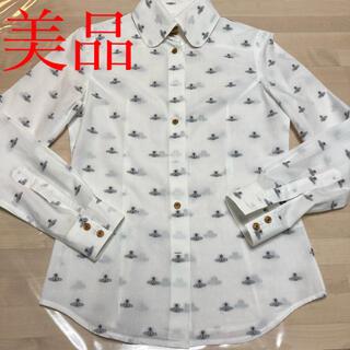 ヴィヴィアンウエストウッド(Vivienne Westwood)のヴィヴィアンウエストウッド 白シャツ 美品(シャツ/ブラウス(長袖/七分))