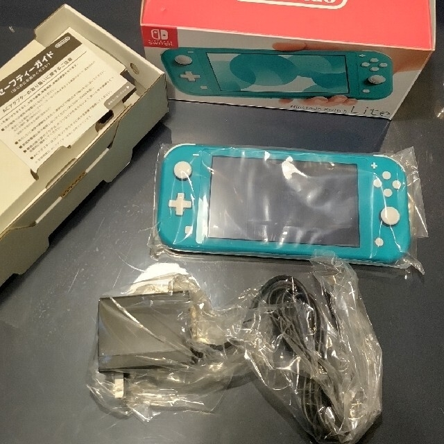 Nintendo Switch(ニンテンドースイッチ)のNintendo Switch  Lite ターコイズ 美品 エンタメ/ホビーのゲームソフト/ゲーム機本体(家庭用ゲーム機本体)の商品写真